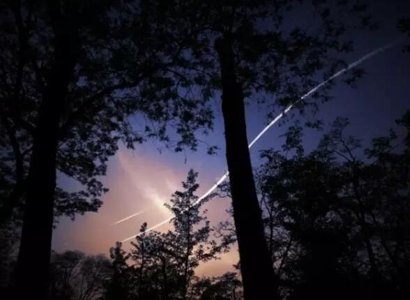 """图片【涨姿势时间】飞机在空中可以""""超车""""吗?"""