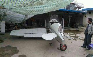 甘肃农民耗时一年造飞机 正组装不久将试飞