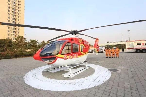 应急救援飞行已经成为通航产业新的专业生产市场,首航直升机供图。