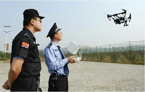 警用无人机PK警务直升机,谁更技高一筹?