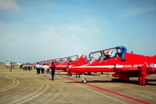 The Red Arrows, British Royal Air Force Aerobatic Team touched down at Zhuhai Jinwan International Airport for the first time in China on October 22.