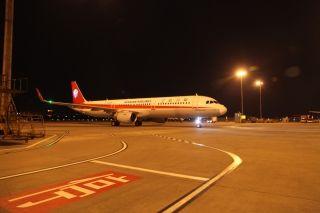10月28日,川航第111架飞机抵达成都 (摄影:曹星宇)