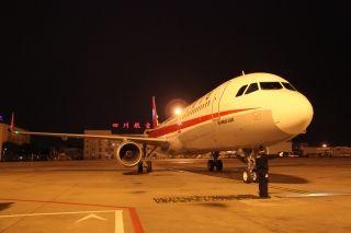 编号为B-8438的全新空客A321飞机正式加盟川航 (摄影:曹星宇)