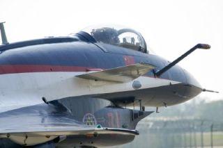 八一表演队的J-10刚刚滑出