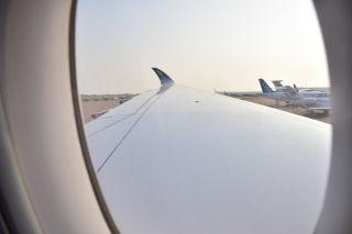 机舱视角,性感的曲线,从机舱看外面的尾翼也是赞赞赞的。 (摄影:Captain-L)