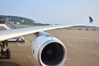 XWB的发动机在运行的时候声音真的不大,350在天上飞的时候声音好小,果真是最安静的飞机。 (摄影:Captain-L)