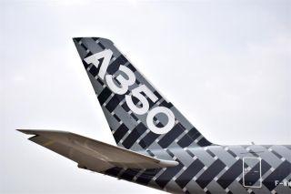 【高清】A家粉体验A350 黑超加圆月弯刀超赞的