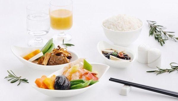 像时装一样,航空公司开始换秋季餐单了