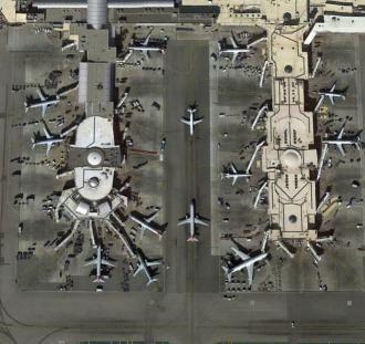 洛杉矶国际机场机坪布置图