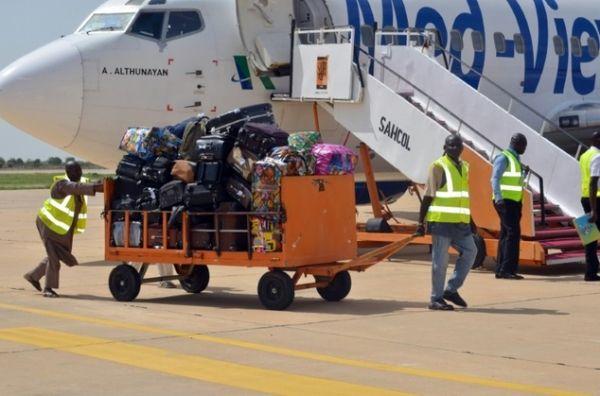 你信吗? 一国近60%航班延误因没钱买油
