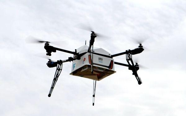 探访无人机市场:考驾照学费过万 违规飞行可获刑