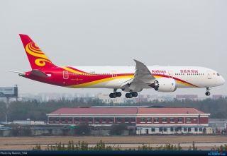 "海航第七架789飞机。摄影""Ruimin_YAN"""