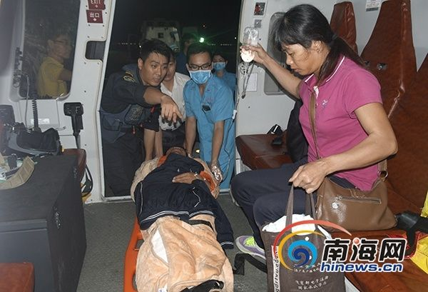 南一飞连夜出动直升机 救助永兴岛重伤工人