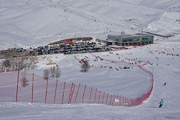 冬博会上阿勒泰力推新玩法!可乘直升机滑野雪