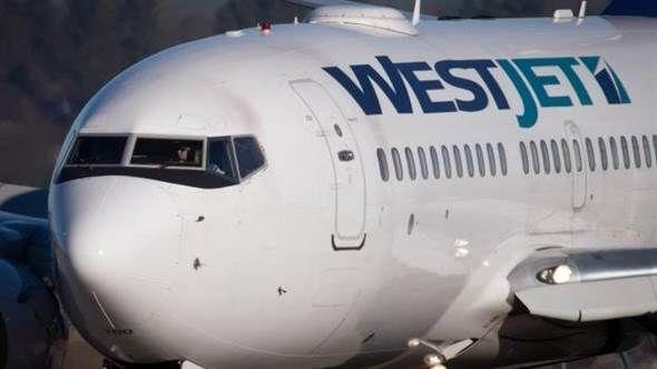 温哥华机场两客机机翼相撞 感觉像地震!