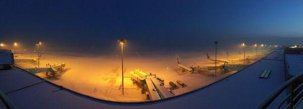 又是冻雾 乌鲁木齐机场所有航班目前均不能起降