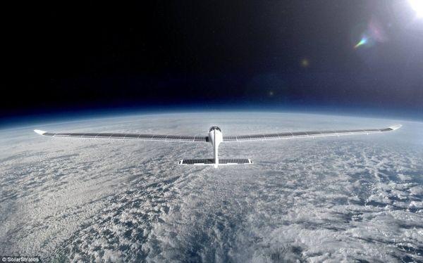 新太阳能飞机欲将直上两万米到太空边缘看星星