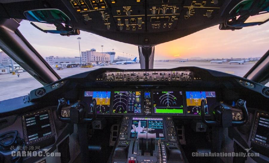 Boeing 787 dreamliner cockpit