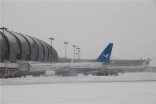 大雪天,沈阳机场连续奋战23小时保障航班运行
