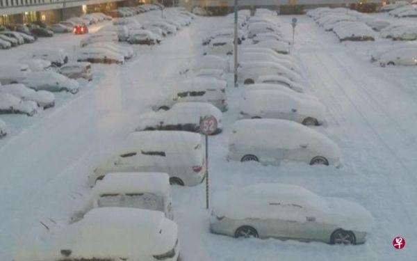 雪困北海道回国一波三折 乘客两度上机飞不成