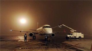 天津出现大雾 机场部分早出港航班受影响