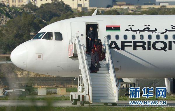 被劫持利比亚客机已有109人获释
