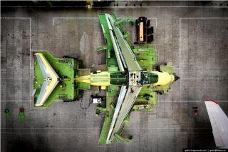 组装客机俯视图。图片来自:gelio.livejournal.com