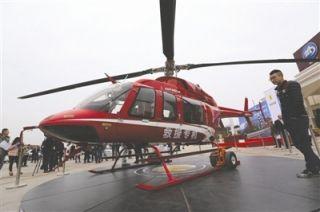 四川明年开展高速路直升机救援 每小时1.5万起