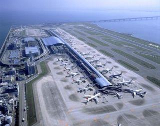日本关西机场民营化将满一年 外国游客增长迅猛