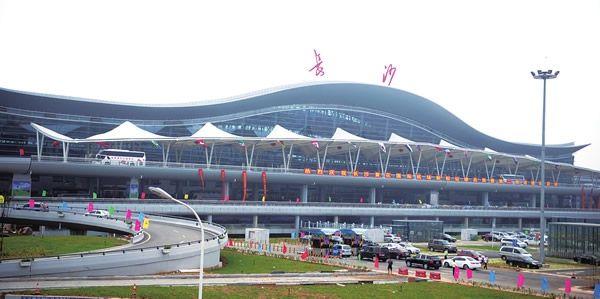 2016年长沙黄花机场旅客吞吐量位居中部第一