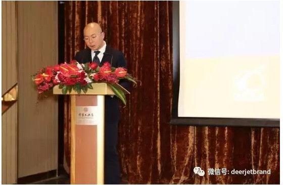 绝对传媒出版人邢宇先生做评选过程介绍