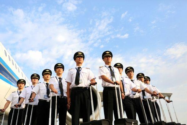 飞行员是怎样炼成的?盘点各国飞行员选拔培训