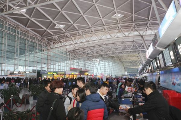 春运第一天 山航预计运送旅客近58000人次
