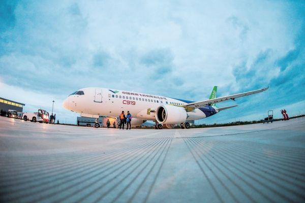 中国将成全球最大飞机市场 C919欲占一席之地