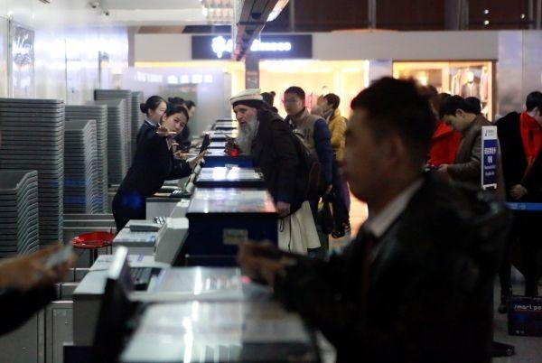 春运首周南航在疆承运17.9万旅客