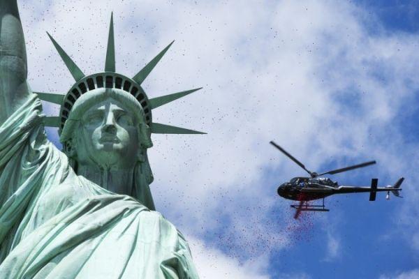 国际游客现对美国避之不及 只有这个国家例外!
