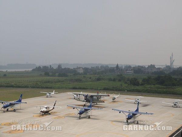 江苏:通航企业20家 各类通用航空器90余架