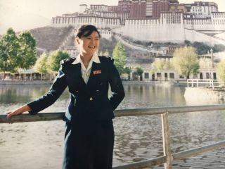 情系蓝天30载 国航主任乘务长宋志红光荣退役