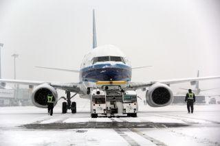 大雪致机场三次关闭,南航新疆分公司积极保障