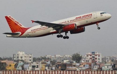 """印度""""娘子军""""航班完成环球飞行 或创世界纪录"""
