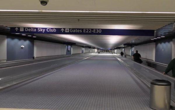 达拉斯-沃斯堡机场机场内部通道