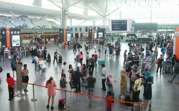农历新年期间 吉隆坡机场预计每日迎20万乘客