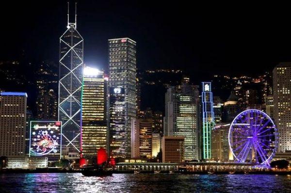 彭博社:为什么说香港机场门户地位不保?