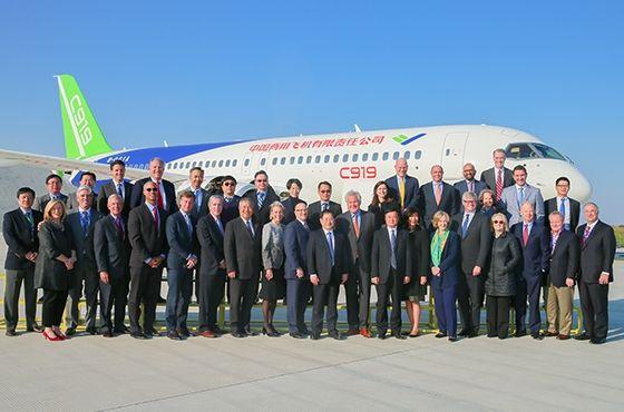 GE公司全球董事会一行到中国商飞访问