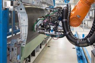空客德国襟翼工厂将安装并试用自动钻孔机器人