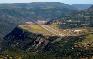 美国10座最具挑战性机场 你飞过几个?