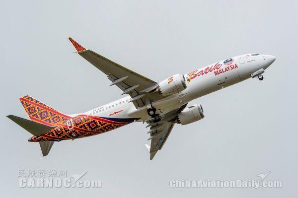 波音交付首架737MAX飞机
