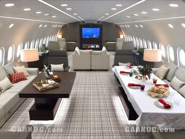 海航集团宣布将引进第二架787梦想商务机