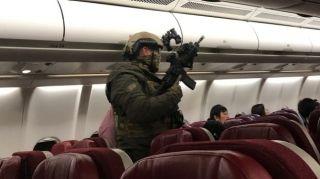 民航早报:旅客持充电宝当炸弹致马航客机返航