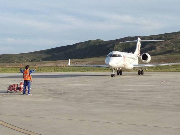 喀纳斯机场迎来首架公务包机 曾单日保障26架次